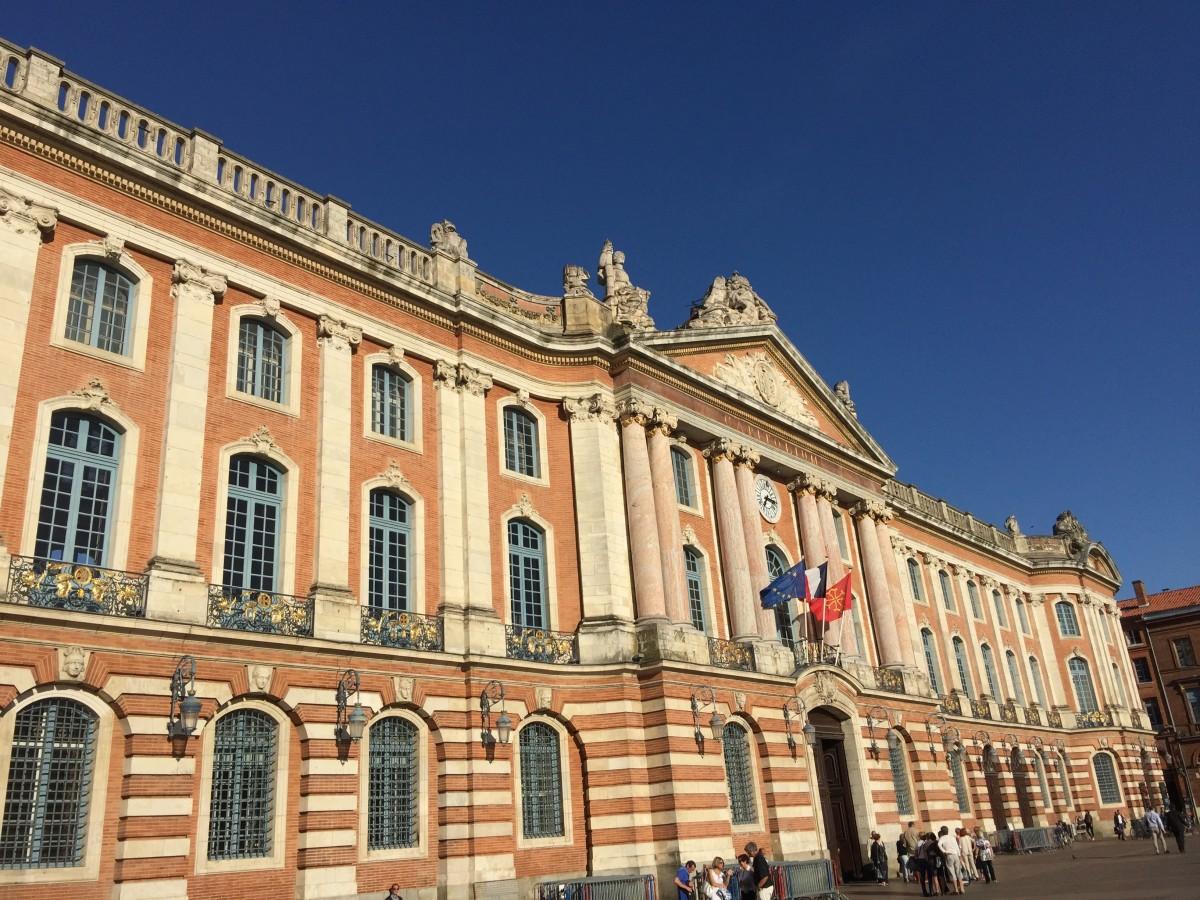 location bureaux Toulouse Place du Capitole Geolocaux