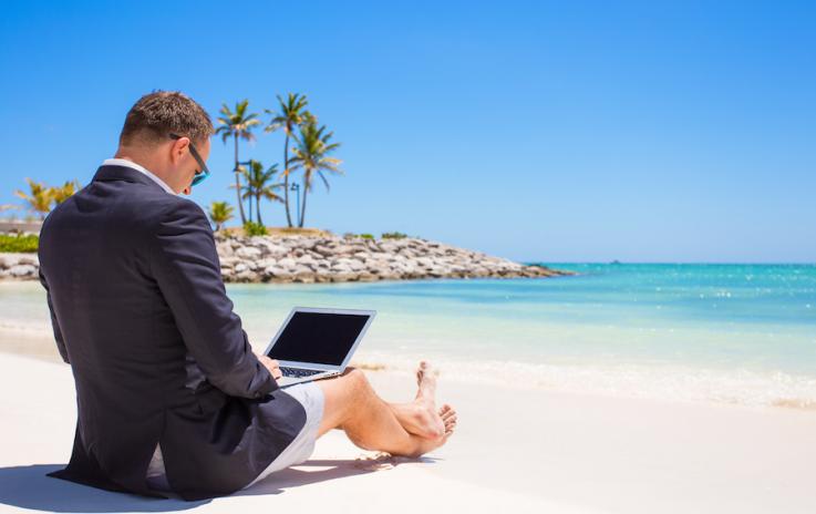 Été au bureau : que faire sans la clim' au bureau ?