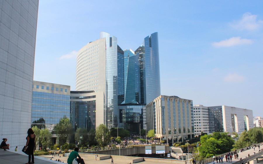 Location bureaux La Défense : 3 raisons de louer ses bureaux à la Défense