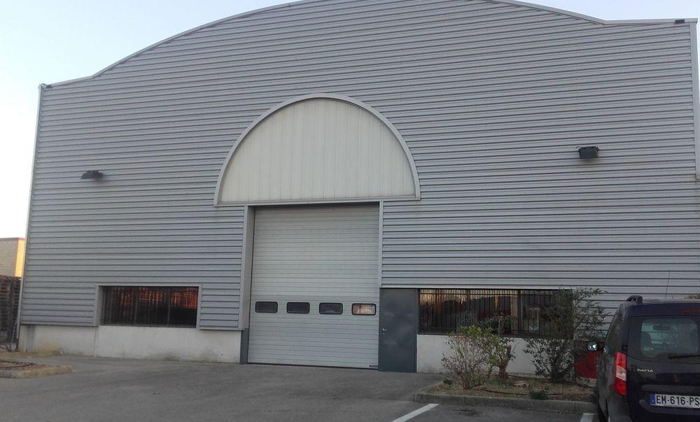 Location de local d'activité : Bergé Immobilier Avignon réalise une transaction grâce à Geolocaux