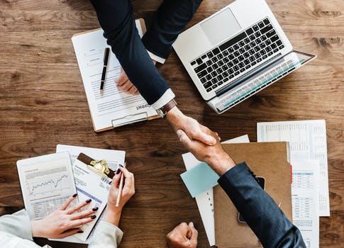 Immobilier d'entreprise : qu'est-ce qu'un bail commercial ?