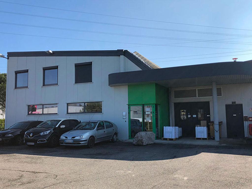 Loco² Saint Orens batiment d'activités indépendant avec bureaux